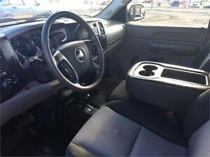 2007 Chevy Silverado 2500HD 4x4 = 187K = EXT CAB LONG BOX Edmonton Edmonton Area image 13