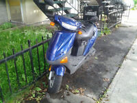 2007 Hyosung Sense Scooter Scooteur Blue / Bleu 6000 KM Working