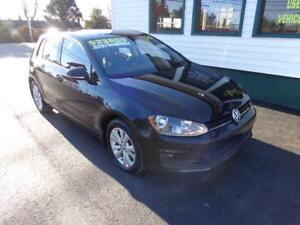 2015 Volkswagen Golf TDI w/ Leather only $192 bi-weekly all in!