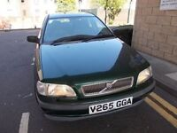 VOLVO S40 XS 1.6 SALOON V REG,, FULL SERVICE HISTORY,, LADY OWNER FROM 2000,, MOT JANUARY 2019