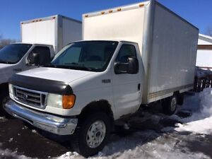 2004 Ford E-350 CUTAWAY Fourgonnette, fourgon