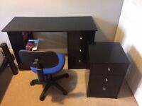 Student's desk, chair & bedside draws