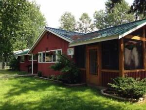 WOW..! 3 bdrm RANCHER, SHOP, FENCED in CLEARWATER..!