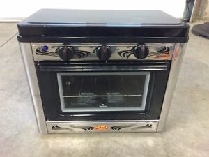 Outback camping oven