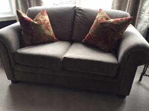 Loveseat - Sofa/Couch