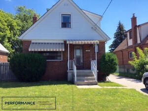 .Spacious Family Home – 3 Bedrooms + Study, 2 Bath