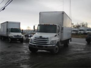 2013 Hino 338 26ft Dryfreight Box w/ Lift Gate