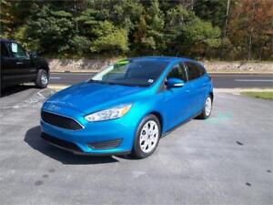 2015 FORD FOCUS SE HATCHBCAK...LOADED!! REAR VIEW CAMERA & MORE!