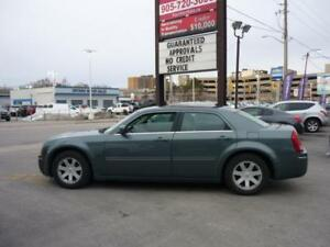 2005 Chrysler 300 Leather, Sunroof