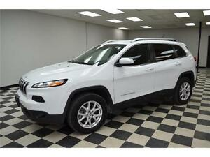 2015 Jeep Cherokee North 4X4 - U-Connect**LOW KMS**Keyless Entry Kingston Kingston Area image 1