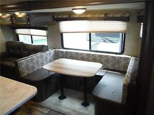 2017 Puma 32FBIS 2 bedroom Travel Trailer with Outside kitchen Stratford Kitchener Area image 6