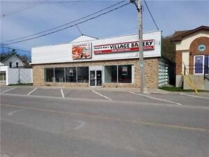 4 Oak St - For Lease