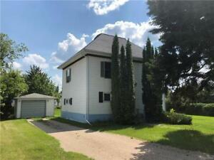 Private setting for 4 BR character home in Rossburn MB