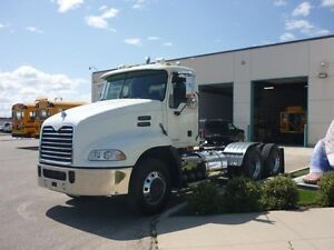 2009 MACK CH613, Used Day Cab Tractor