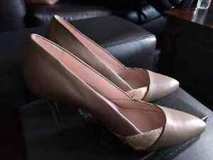 Brand new Vince Camuto pumps  Kitchener / Waterloo Kitchener Area image 2