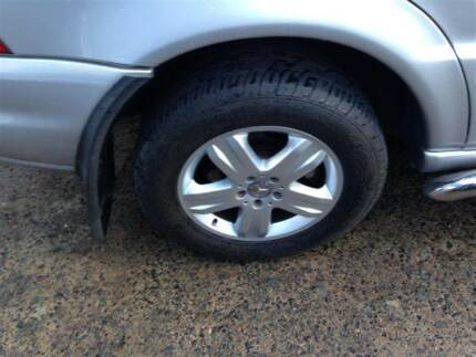 Mercedes ML-Series 4x4 17INCH ALLOY RIMS & TYRES MERCEDES BENZ ML Northmead Parramatta Area Preview