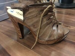 BROWN WOOD AND LEATHER LACE UP HEELS, MUST GO!