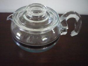 Retro Pyrex Teapot 6 cup