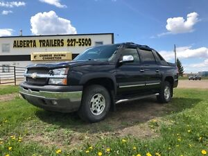 2005 Chevrolet Avalanche LS 4x4 only $7450!!