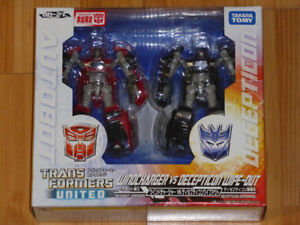 TRANSFORMERS CLASSICS JAPAN UNITED WINDCHARGER & WIPE-OUT MISB