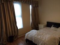 Large Double Room! All Bills Included! 29/09