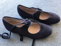 Girls tap shoes size 13