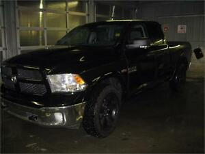 2014 Ram 1500 SLT Outdoorsman -1 Owner-Hemi-Finance $208 Bi-Wk