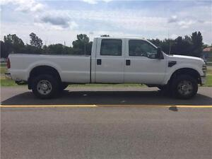 Ford F-350 2009   4X4  A/C  6 passagers !