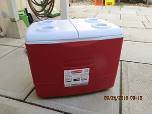Coleman 72 can Cooler