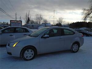 2008 Ford Focus SE-ONE OWNER-ONLY 61,000 KM-LIKE NEW!