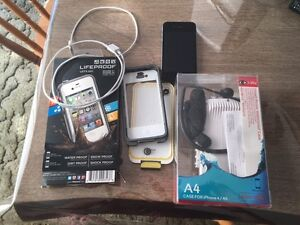Iphone 4 8GB with case and underwater camera case