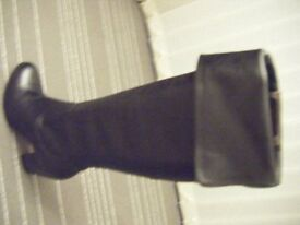 Ladies Mid length Black leather Boots size 7 (euro 39)