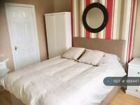 1 bedroom in Hinderton Road, Neston, CH64 (#988447)