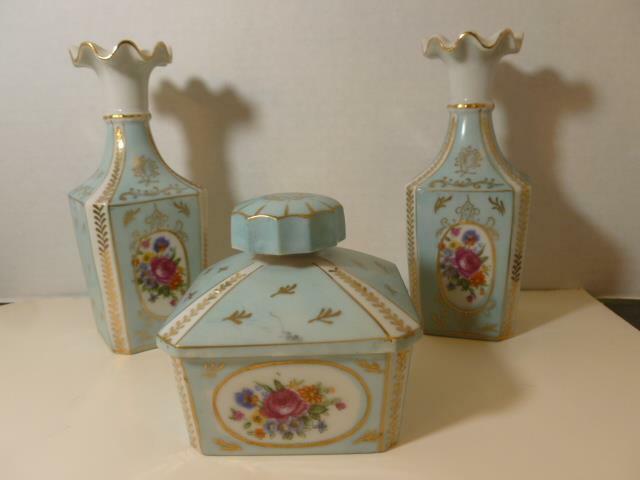 Vintage Porcelain Vanity Powder Trinket Jar Box 2 Vase Perfume Turquoise Flowers