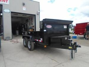 3.5 ton dump -GREAT FOR CITY JOBS AND TOWS EASILY 60'' X 10' BED London Ontario image 4