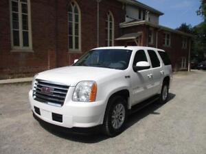 2009 GMC Yukon Hybrid - 8 Passenger + Fully Loaded   $14,888