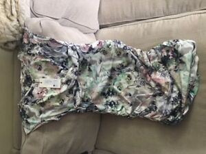 BRAND NEW - Women's floral maternity dress size S