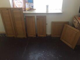 solid oak kitchen fronts