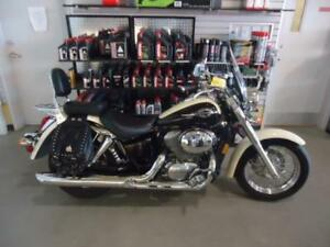 Honda shadow 750 2000