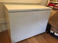 Fantastic, nearly new Swan 282 Litre Fridge Freezer