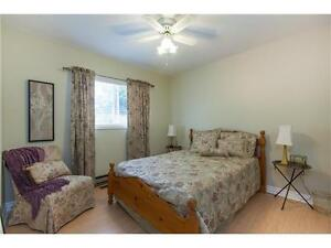 Beautiful 2 bedroom unit steps from St. Mary's Hospital Kitchener / Waterloo Kitchener Area image 8