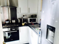 Large Two Bedroom Ground Floor Apartment with Garden next to Norwood Junction Station
