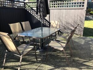 Patio Set,  6 Chairs, Table & Umbrella