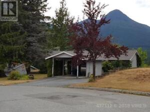 626 DOGWOOD DRIVE GOLD RIVER, British Columbia