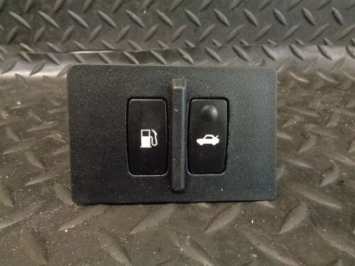 2008 LEXUS IS 220d 4DR SALOON FUEL CAP & BOOT RELEASE SWITCHES 15A990