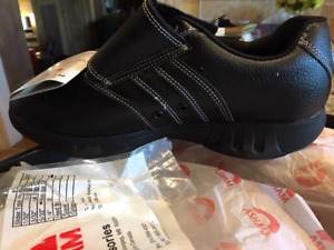 brand new curling shoes