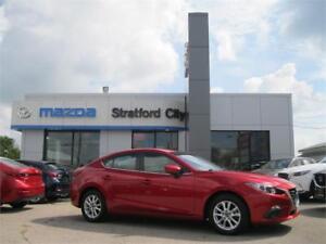 2015 Mazda MAZDA3 GS NAVIGATION! HEATED SEATS!