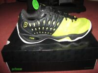 Brand new Prince T22 Hard Court Tennis Shoes - Size 7