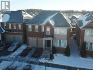 129 SELWYN RD Richmond Hill, Ontario