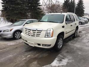 2007 Cadillac Escalade, Safety & ETEST for QC or ON INCLUDED